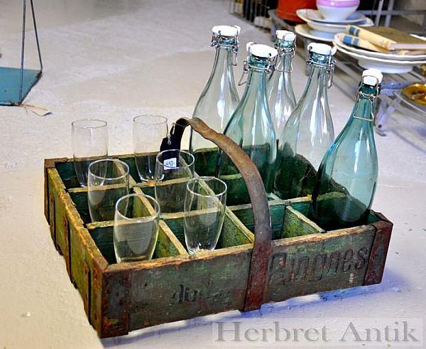 """Nr 54. Flaskställ """"Ringnes"""""""
