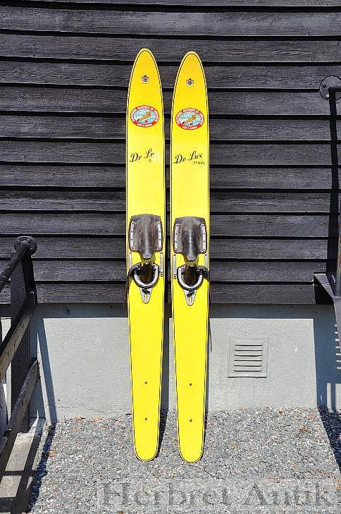 408 Retro vattenskidor  650 kr   SÅLD!