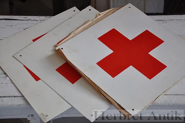 643 Röda korsetskylt plåt