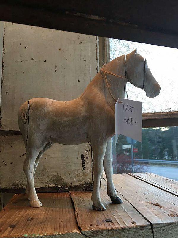 1300 Häst