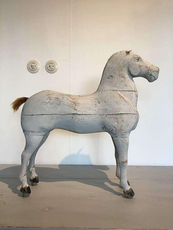 1355 Häst 2800:-