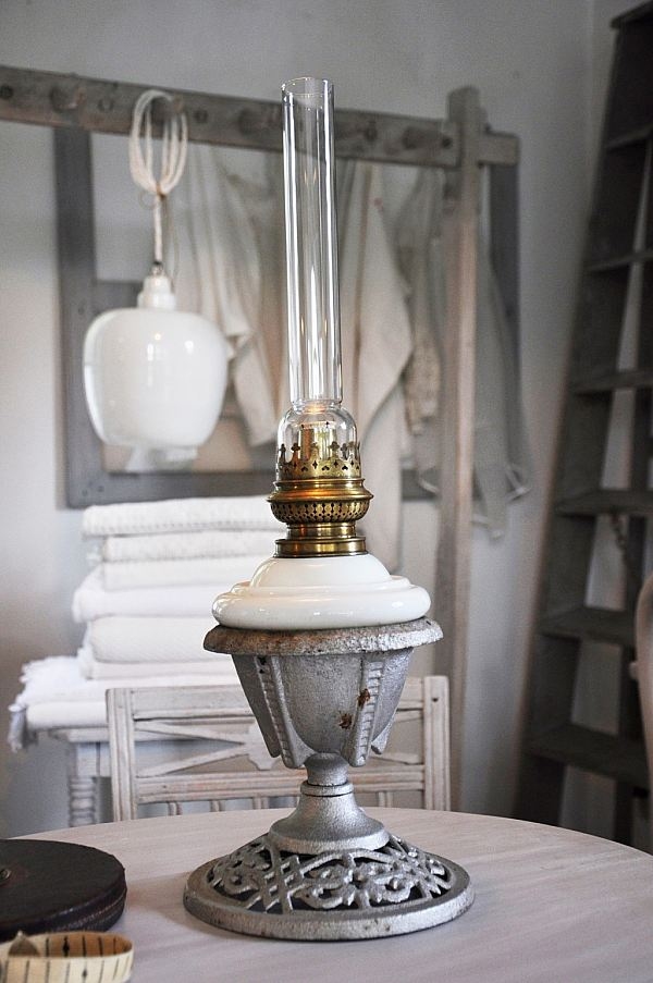 1547 Fotogenlampa