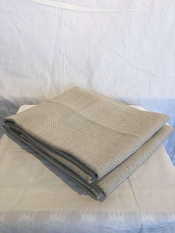 1741 Tre handdukar