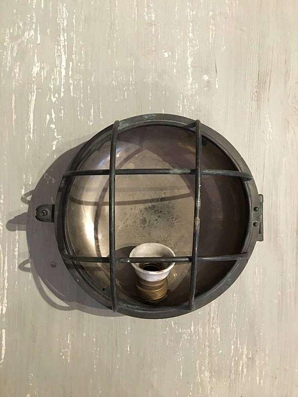 1794 Lampa