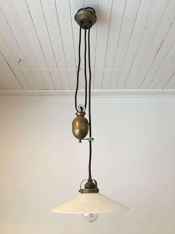 1841 Hisslampa. Reserverad