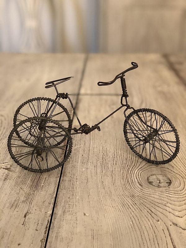 2309 Cykel i luffarslöjd
