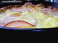 Low carb omelett med ost skicka och champinjoner